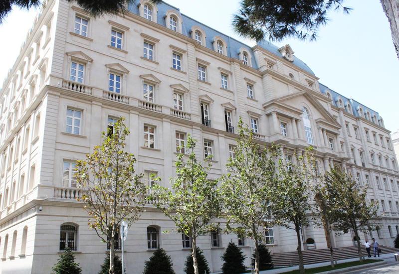 Минфин Азербайджана выпускает манатные облигации
