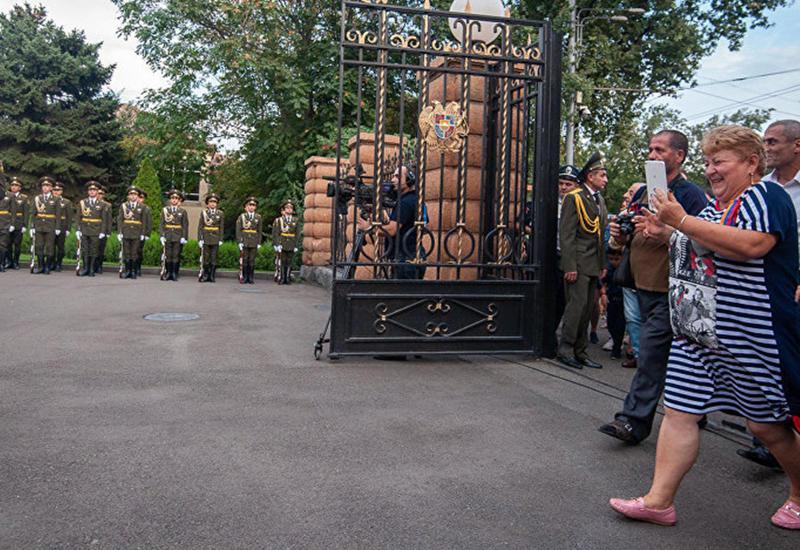 Пашинян превратил государство в парк развлечений
