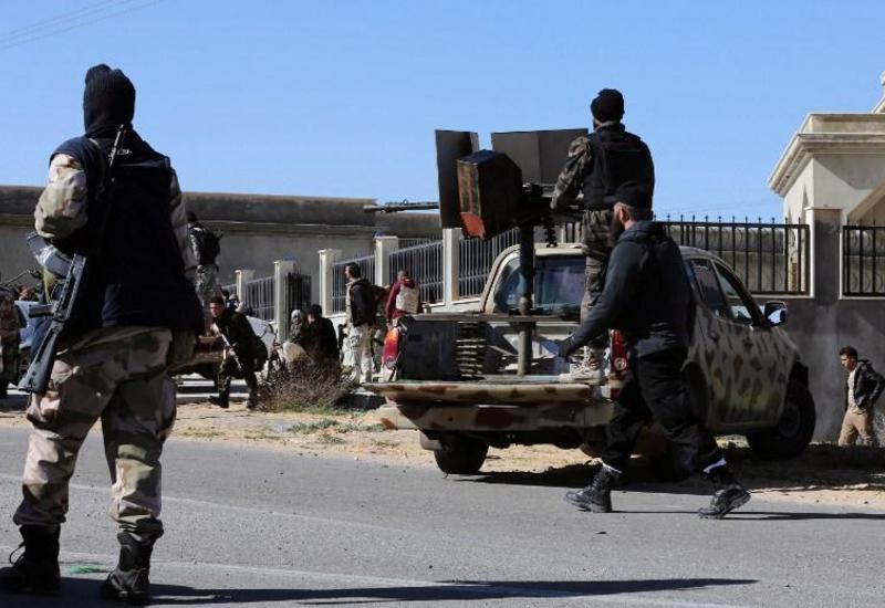 Массовые беспорядки в Триполи, погибли более сотни человек