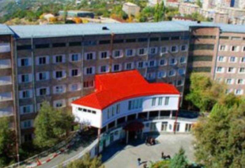 Взрыв в ереванской больнице, есть погибший