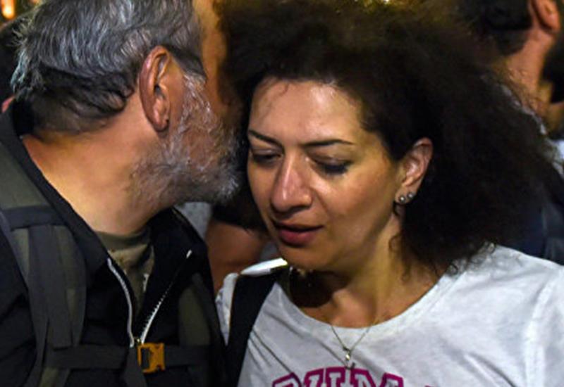 Пашиняну намекнули на позорное поведение жены