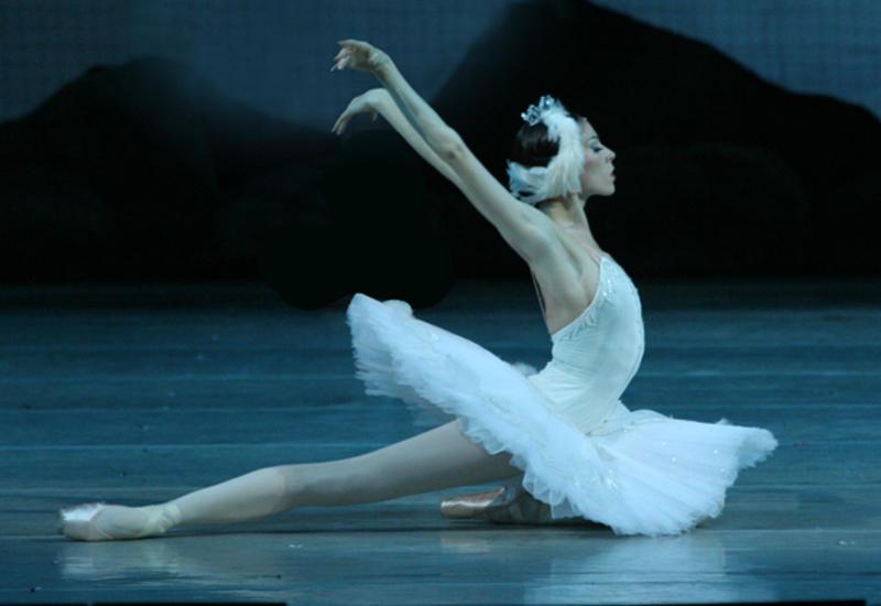 Звезды Большого театра выступят в Баку в балете «Лебединое озеро»
