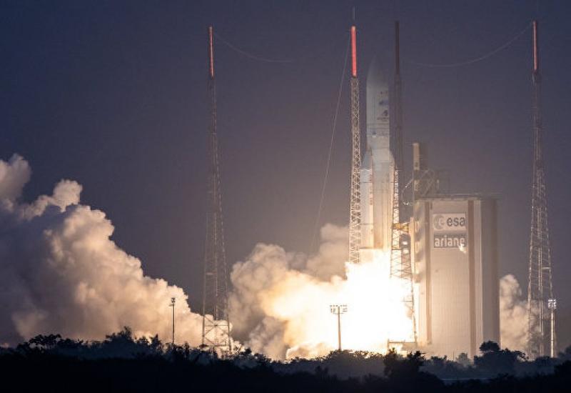 "Новый азербайджанский спутник доставлен на орбиту <span class=""color_red"">- ВИДЕО</span>"