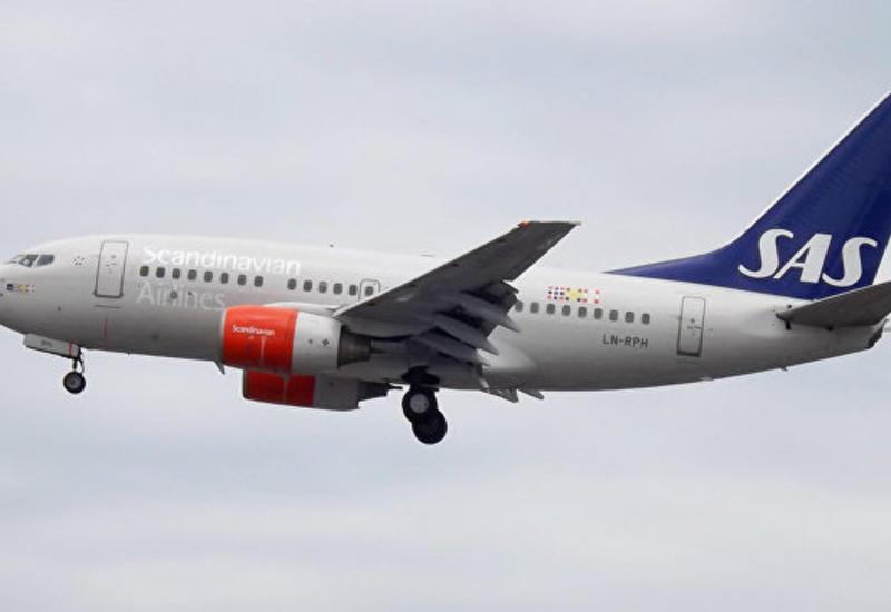 В Швеции экстренно сел самолет с загоревшимся двигателем