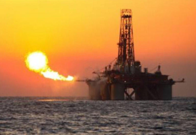 Цены на нефть сильно выросли за ночь