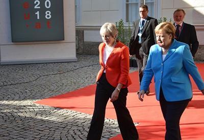 Британия и Германия обсуждают новые санкции против России