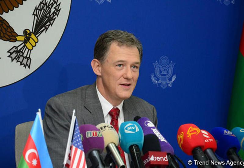 Джордж Кент: США высоко ценят вклад Азербайджана в обеспечение безопасности в Афганистане