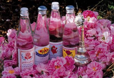 Иран признан ведущим экспортером розовой воды в мире