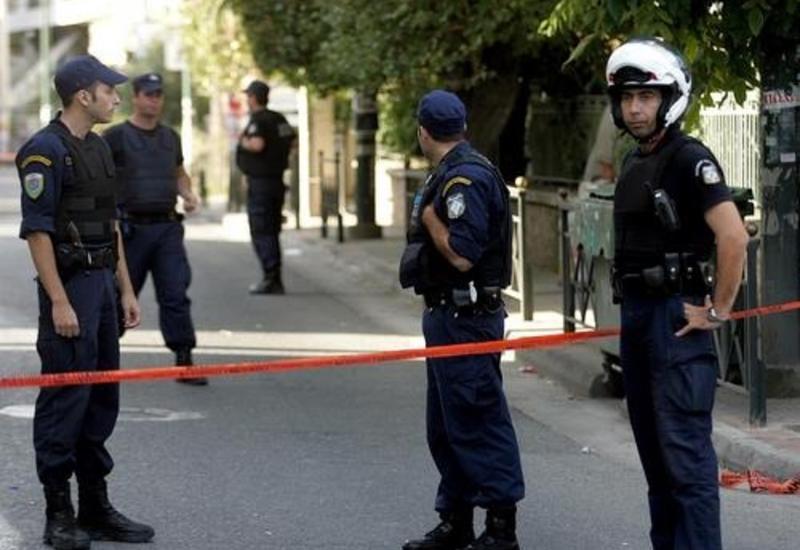Четверо полицейских ранены при нападении на участок полиции в Афинах