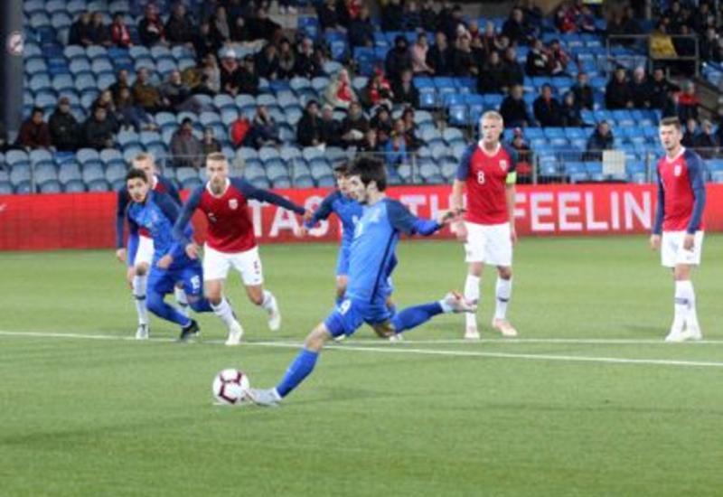 """Азербайджан играет вничью с Норвегией <span class=""""color_red"""">- ФОТО</span>"""
