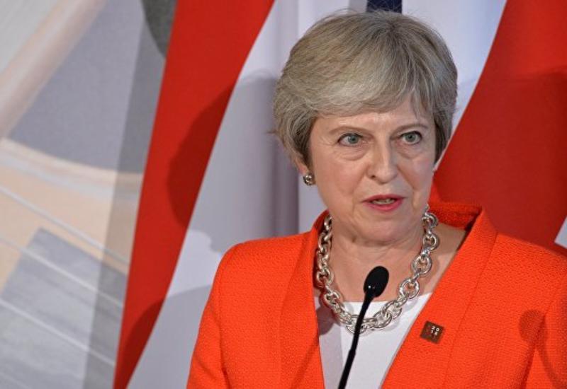 Премьер Британии покинула саммит ЕС по Brexit, не сказав ни слова прессе