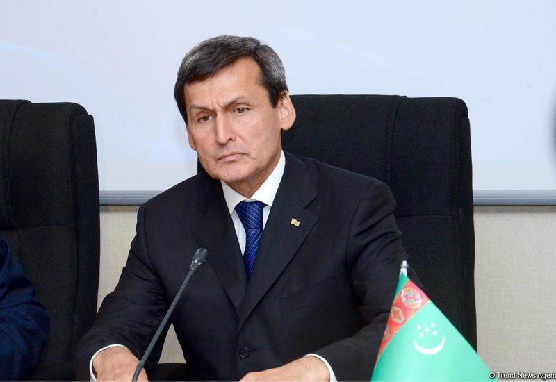 Глава МИД Туркменистана прибыл в Азербайджан