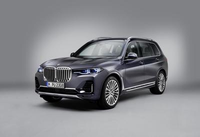 Новый внедорожник BMW X7