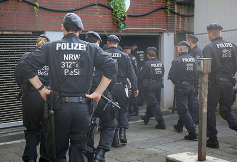 В Германии наркоман с ножом напал на полицейских