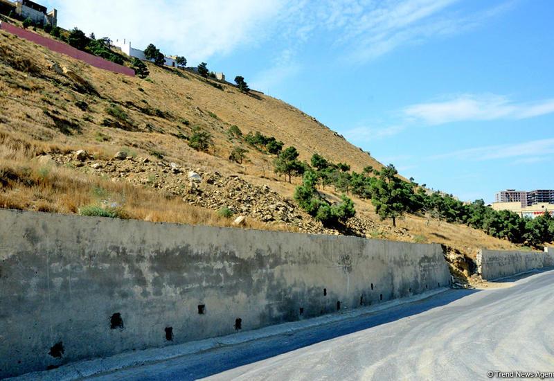Напряженность в оползневых массах на Бадамдарском шоссе в Баку сохраняется