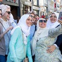 Весь мир бегает за арабскими туристами, а они выбирают Азербайджан