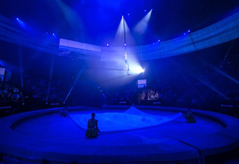 """В России цирковая гимнастка упала с высоты <span class=""""color_red"""">- ВИДЕО</span>"""