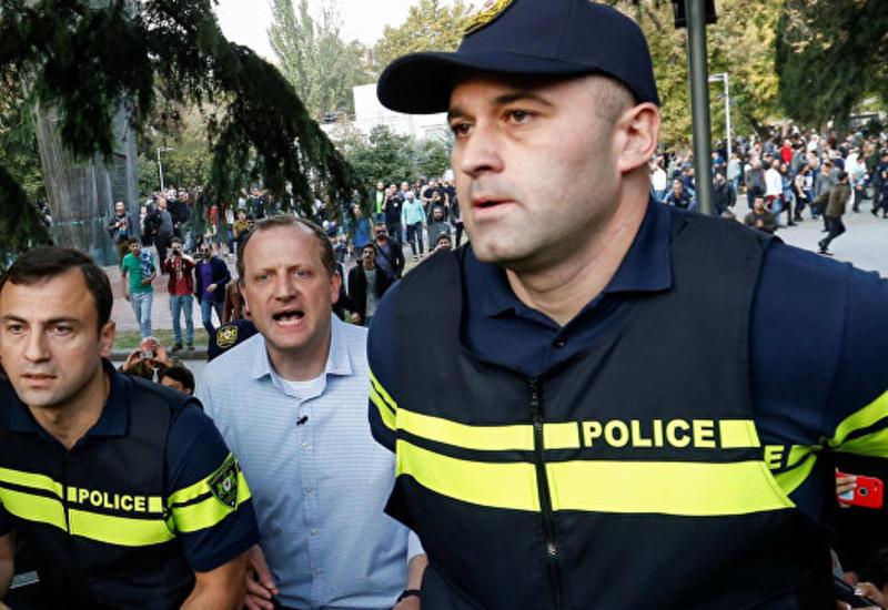 В Грузии кандидата в президенты задержали на фестивале легализации конопли