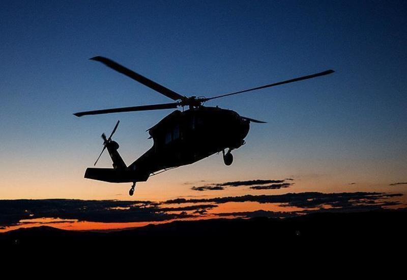 В Японии вертолет из-за неисправности пролил в полете 600 кг жидкого бетона