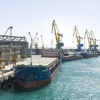 Морской порт Актау начал прием нового вида груза из Бакинского порта