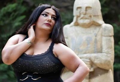 Фото дня - Первая азербайджанская модель plus-size Шахане Надирли