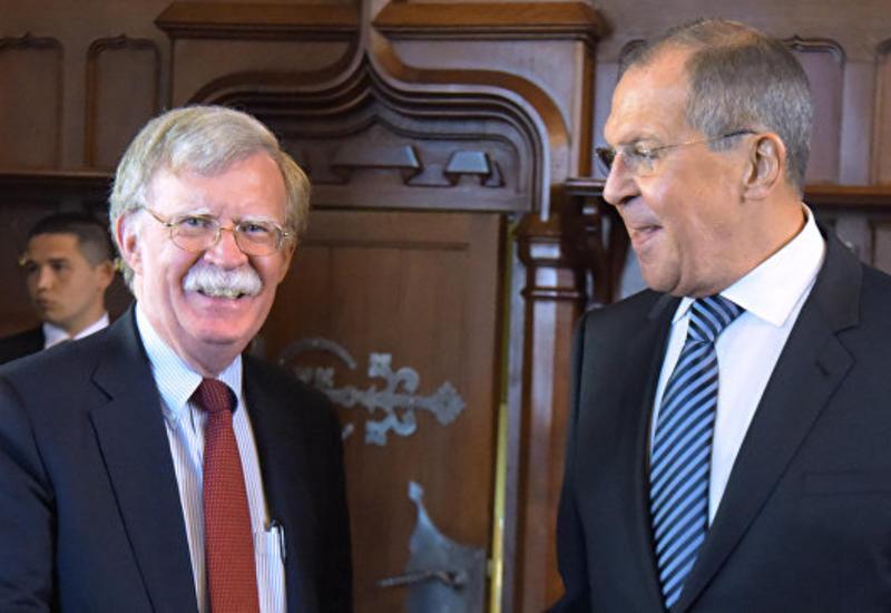 Болтон обсудил с Лавровым ситуацию в Сирии и двусторонние отношения