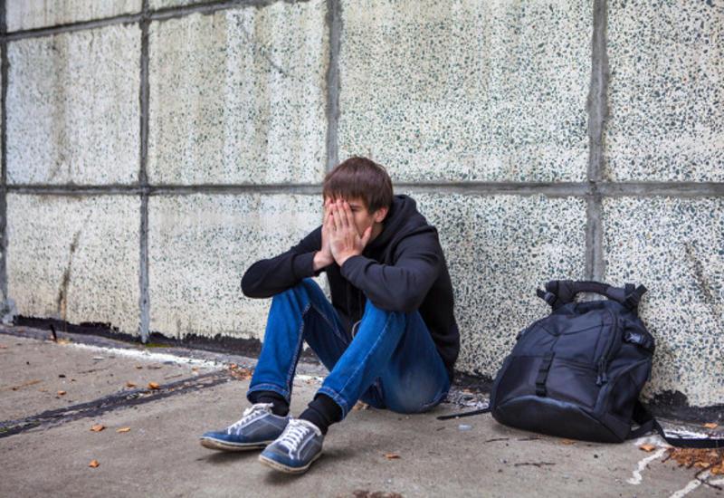 Тревожные симптомы вповедении подростка