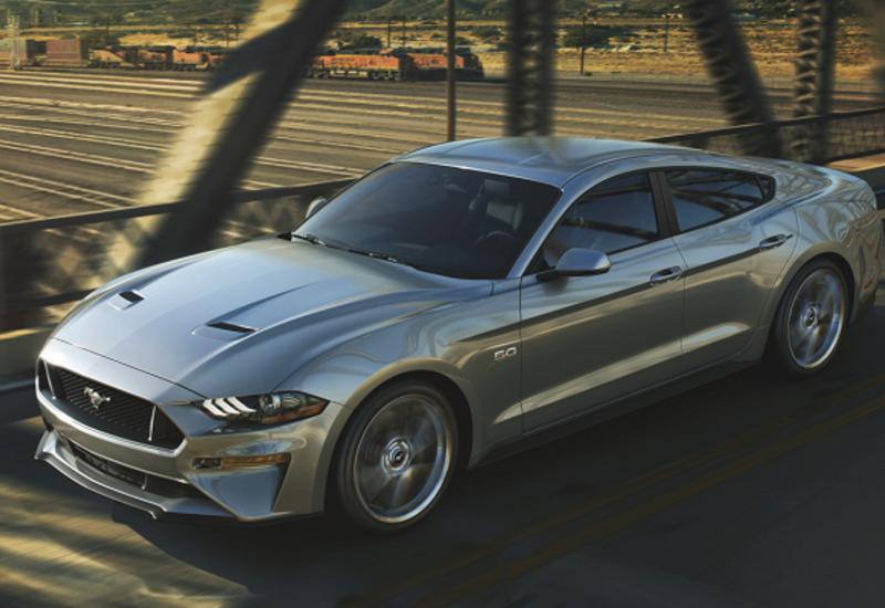 Ford Mustang превратят в «четырехдверное купе»