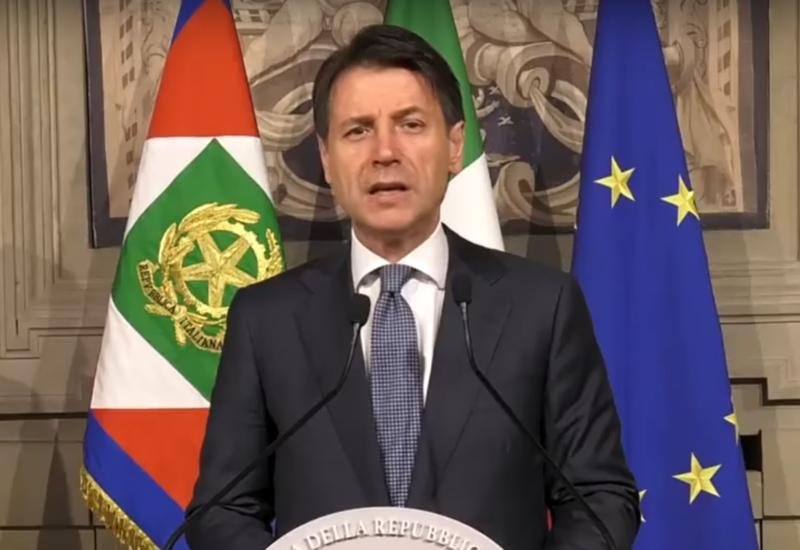 Премьер Италии заверил, что страна не выйдет из ЕС