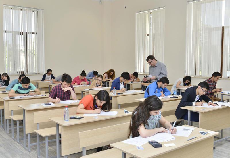 В Азербайджане втрое увеличилось число учащихся частных средних школ
