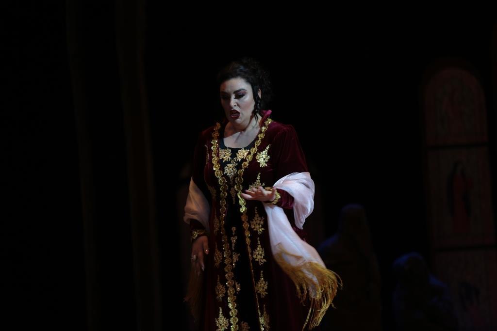 """Роскошные голоса в интернациональной """"Тоске"""" на сцене Театра оперы и балета"""