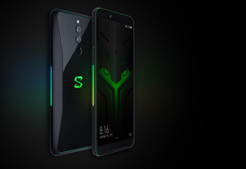 Xiaomi представила первый в мире смартфон с 10 ГБ оперативной памяти