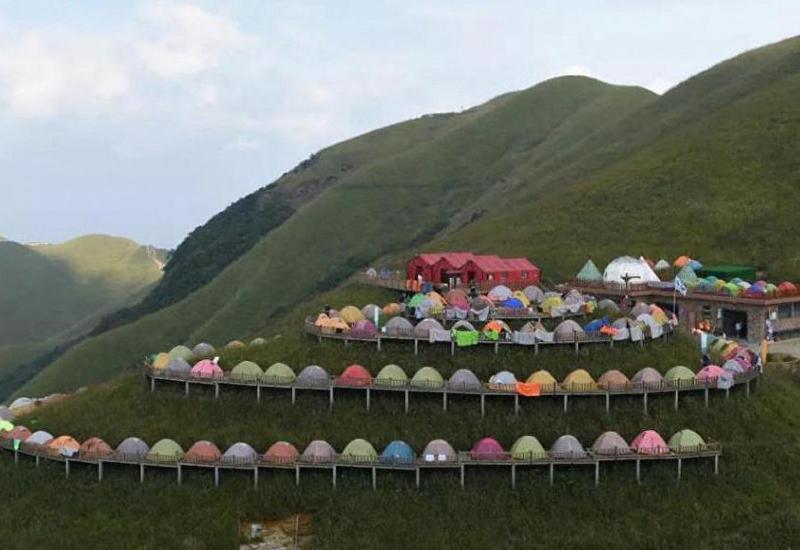 В Китае побили рекорд Гиннесса по числу разбитых палаток