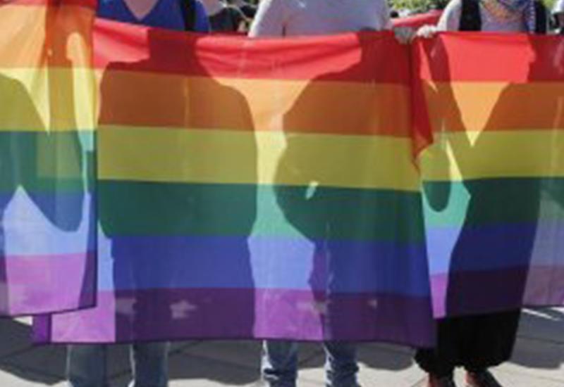 В Армению завезли партию трансгендеров со СПИДом