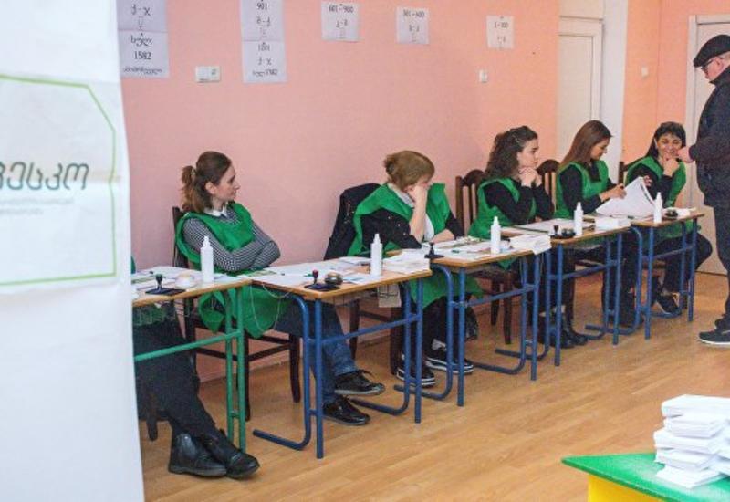 Выборы президента Грузии проходят в спокойной обстановке