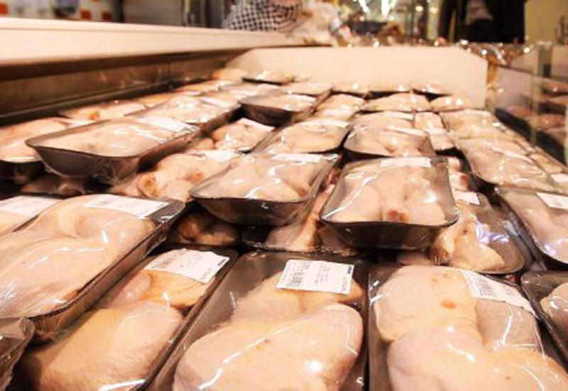 Азербайджан временно ограничил импорт птицы из российского региона