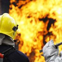 """В Баку произошел сильный пожар в крупном торговом центре <span class=""""color_red"""">- ОБНОВЛЕНО - ВИДЕО</span>"""