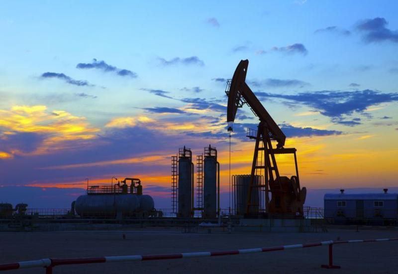 В Баку добыли 28 млн тонн нефти