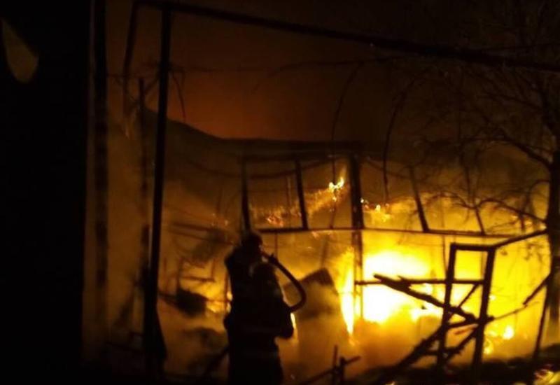В Грузии произошел крупный пожар на рынке