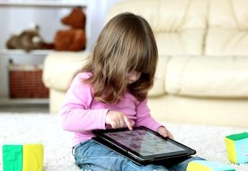 В Азербайджане создана программа, контролирующая действия детей в Интернете