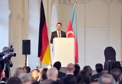 """При поддержке Фонда Гейдара Алиева в Берлине прошла научная конференция, посвященная 100-летию АДР <span class=""""color_red"""">- ФОТО</span>"""