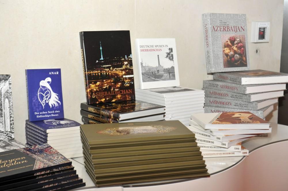При организации Фонда Гейдара Алиева в Берлине прошло мероприятие, посвященное 100-летию АДР - ФОТО