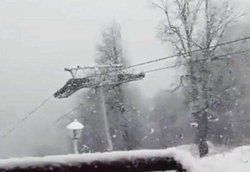 """В Габале выпало более 5 см снега <span class=""""color_red"""">-  ВИДЕО</span>"""