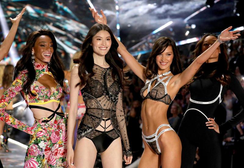 Кто из моделей Victoria's Secret названа обладательницей самой идеальной фигуры?