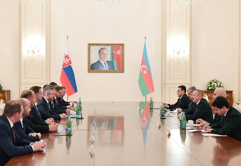 """Президент Ильхам Алиев: Азербайджан и Словакия продолжат сотрудничество в политической, экономической, транспортной и других сферах <span class=""""color_red"""">- ФОТО</span>"""