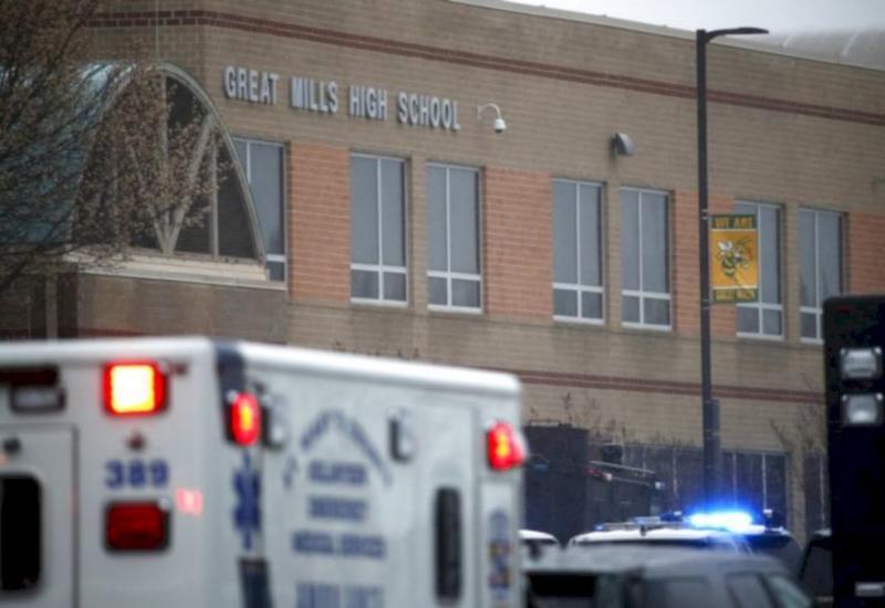 У школы в Хьюстоне застрелили подростка