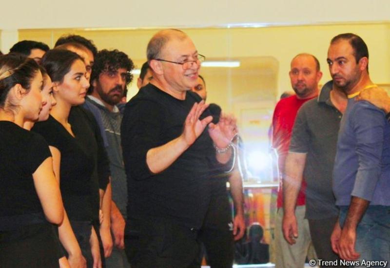 """Уникальный метод азербайджанского режиссера из Франции <span class=""""color_red"""">- ИНТЕРВЬЮ - ФОТО</span>"""