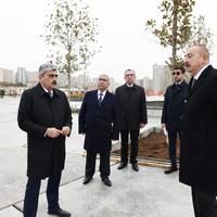 """Президент Ильхам Алиев ознакомился с работами по благоустройству вокруг бакинской мечети Тезепир <span class=""""color_red"""">- ФОТО</span>"""