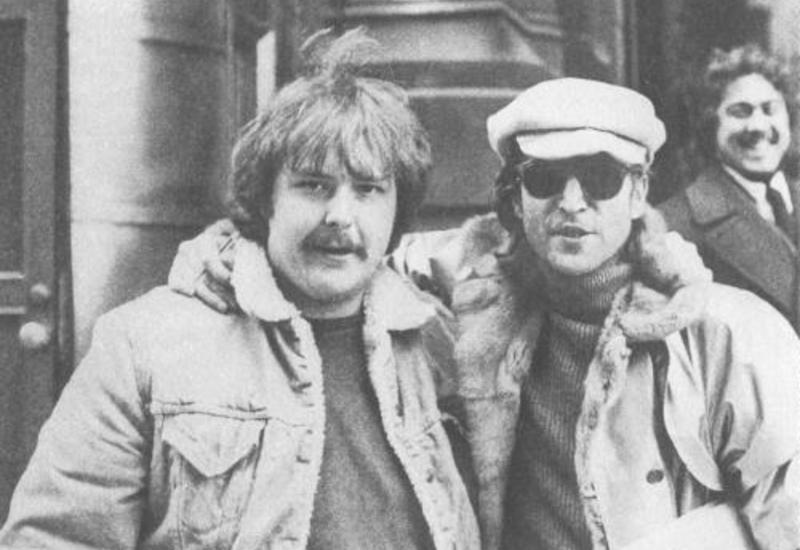 Убийца Джона Леннона заговорил о стыде