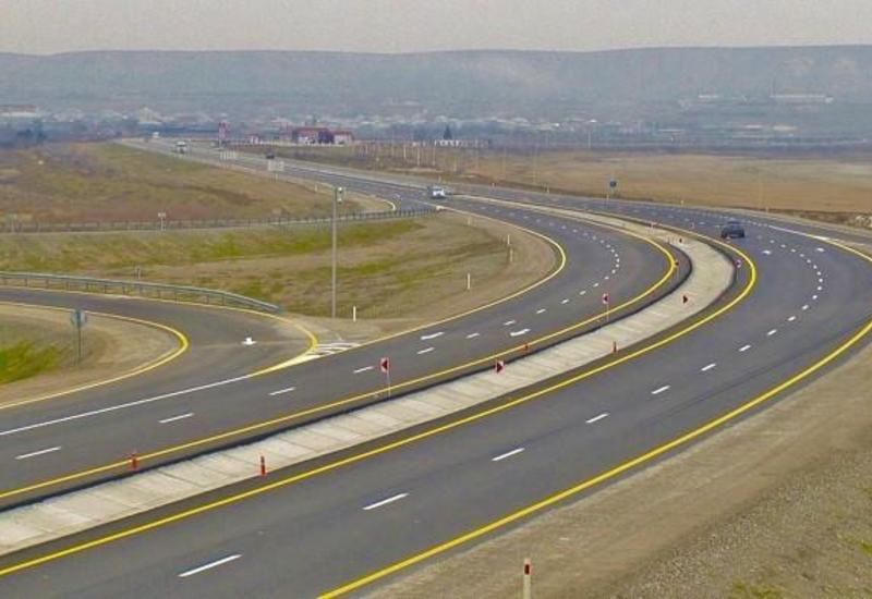 В Азербайджане построят новые дороги